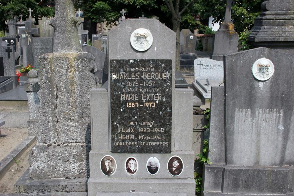 Graves Civilian Casualties Adinkerke