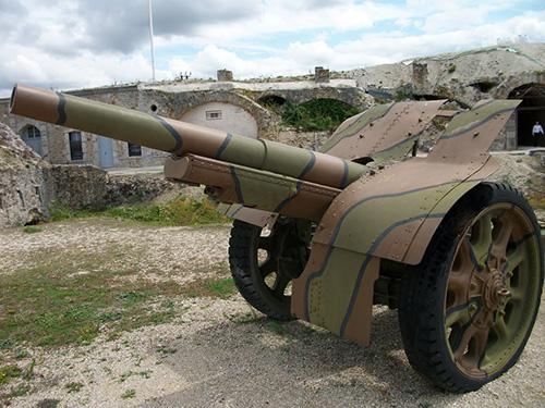 105 mm Modèle 1913 Schneider Gun