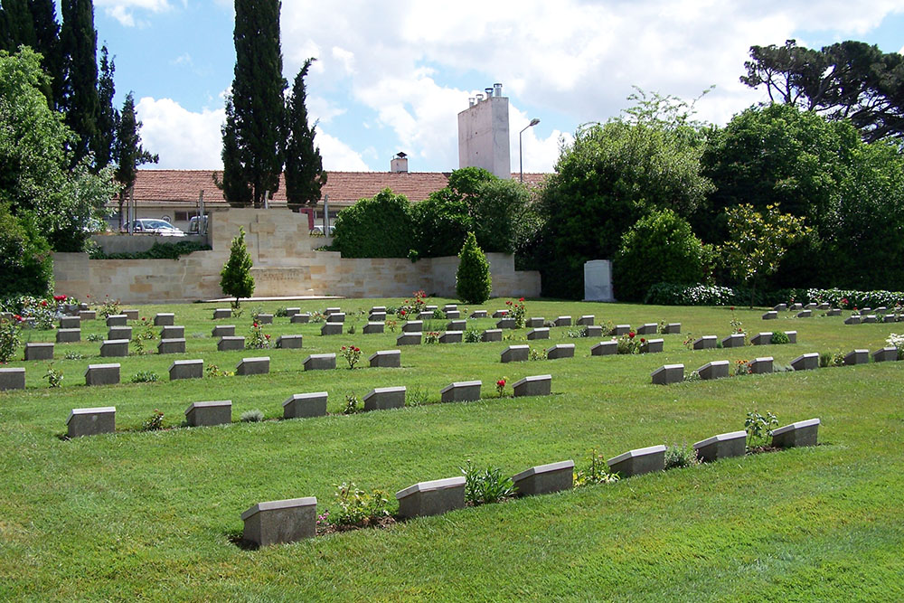 Haidar Pasha Memorial