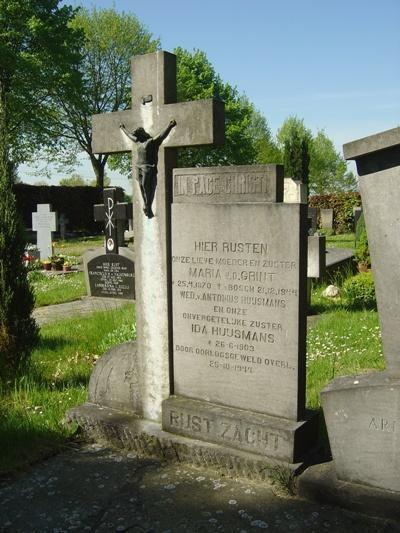 Grave Civilian Municipal Cemetery Engelen
