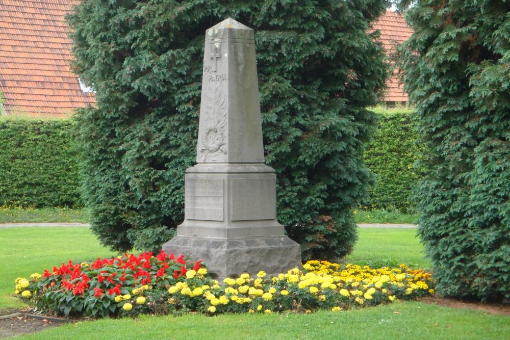 War Memorial Houtem