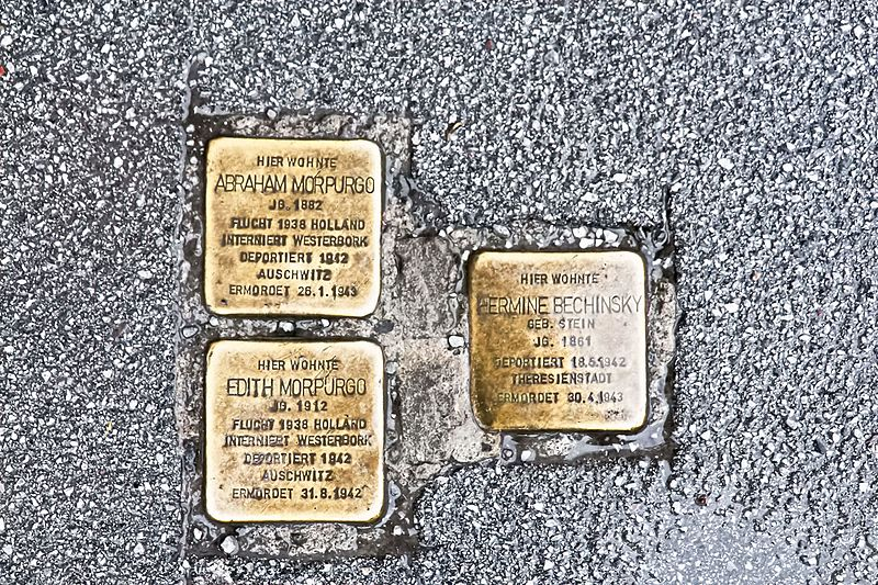 Stumbling Stones Hans-Prodinger-Straße 19 (prevously 19 Schlachthofgasse / 15 Rainerstraße)