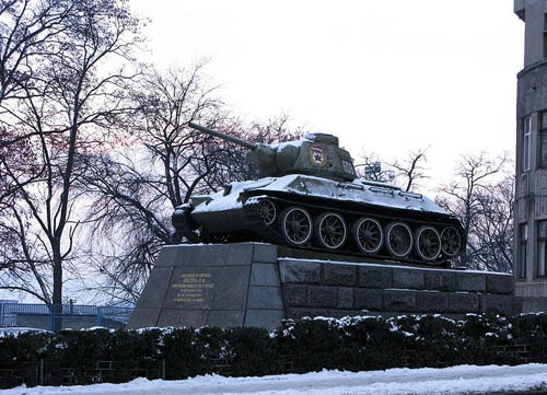 Bevrijdingsmonument (T-34/76 Tank) Chernivtsi