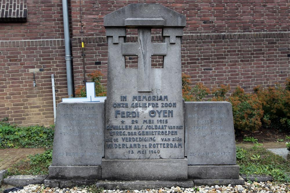 Dutch War Graves Roman Catholic Cemetery Horn