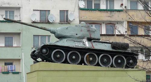Liberation Memorial (T-34/85 Tank) Ścinawa