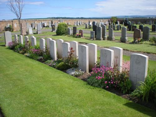 Oorlogsgraven van het Gemenebest Dirleton Cemetery