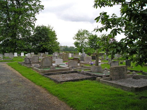 Commonwealth War Graves Barkby Cemetery