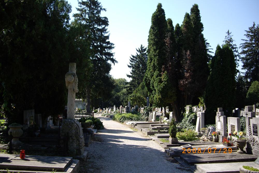 St. Nicholas Cemetery