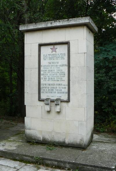 War Memorial Razliv