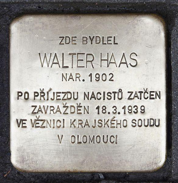 Stolperstein Komenského 917/25