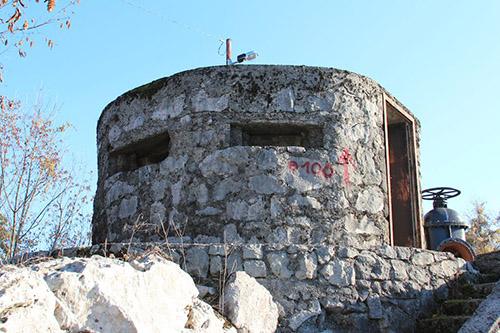 Alpine Wall - Pillbox