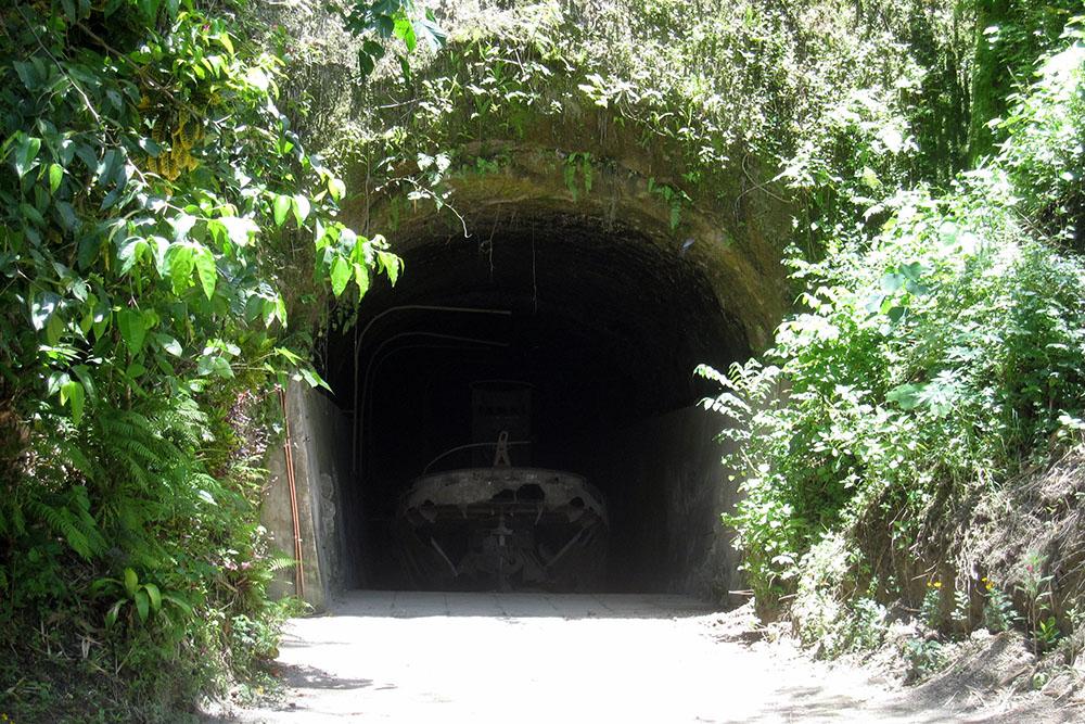 Japanse Tunnel & Landingsboten