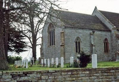 Commonwealth War Graves St. Bartholomew Churchyard