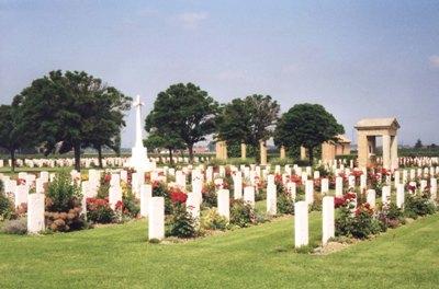 Commonwealth War Cemetery Argenta