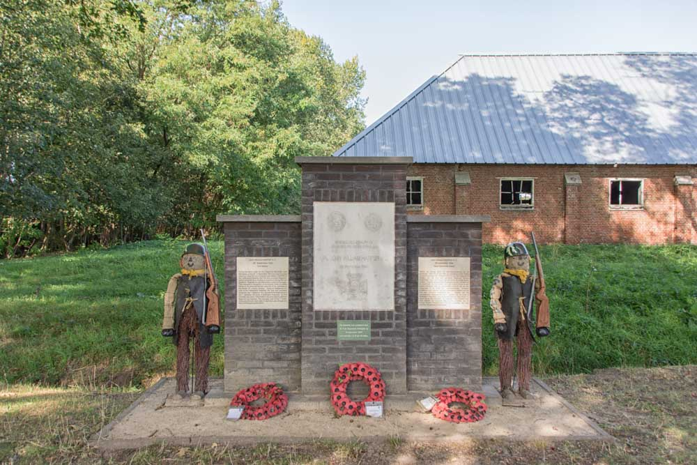 Monument Corporal Harper Merksplas Kolonie