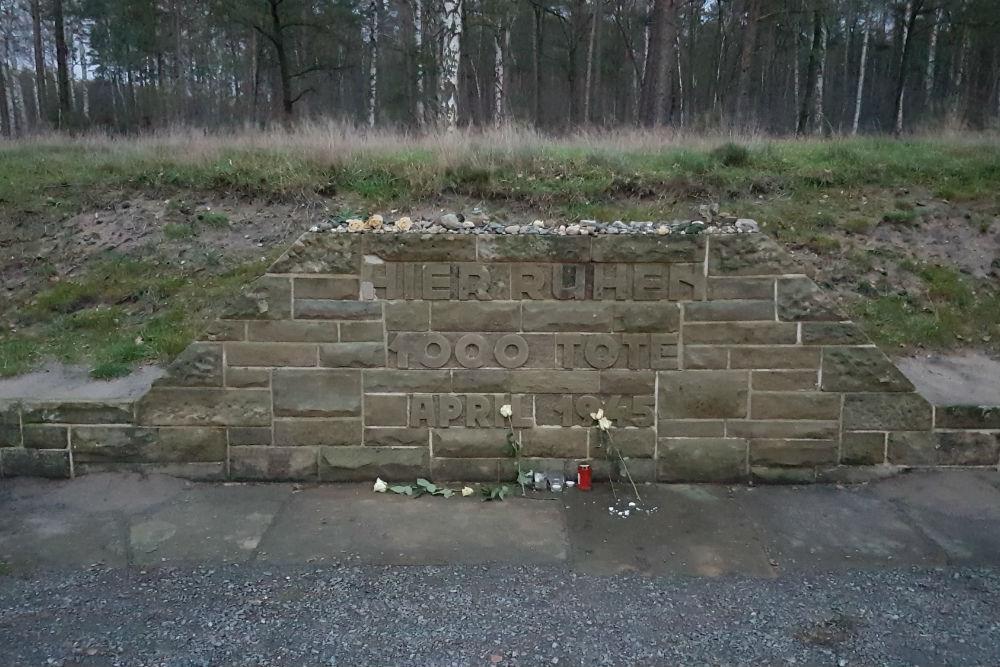 Massagraf Nr.1 Concentratiekamp Bergen-Belsen