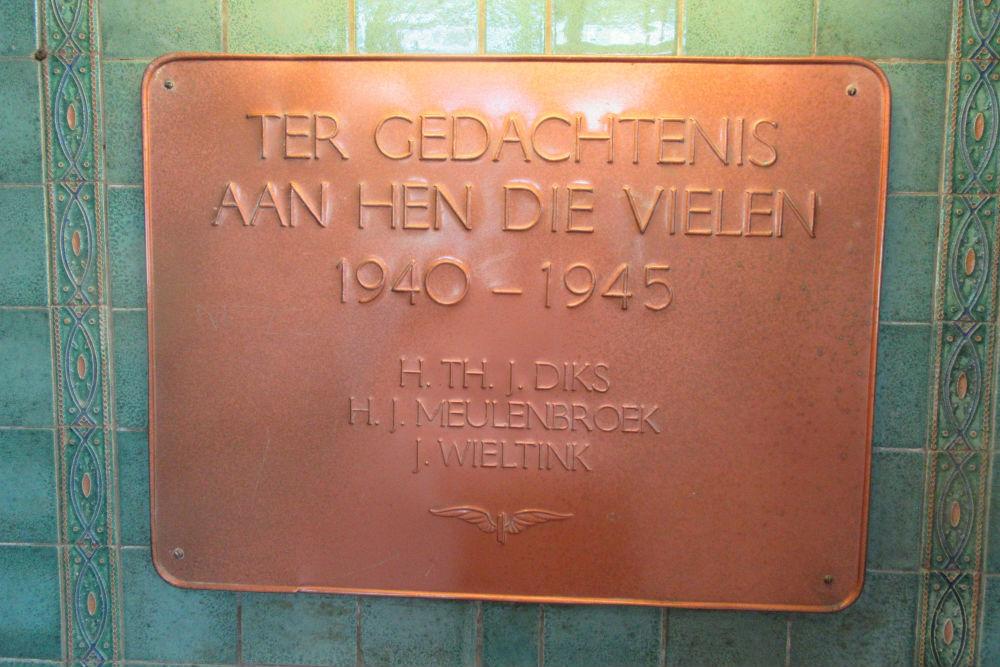 Plaquette Omgekomen NS Medewerkers Deventer
