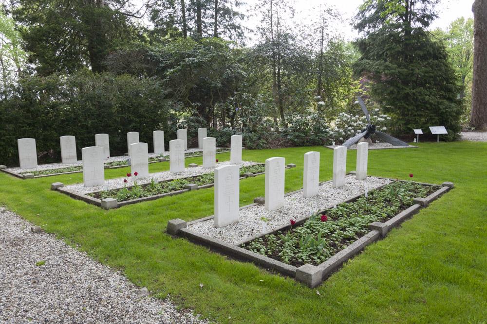 Oorlogsgraven van het Gemenebest Algemene Begraafplaats Markelo