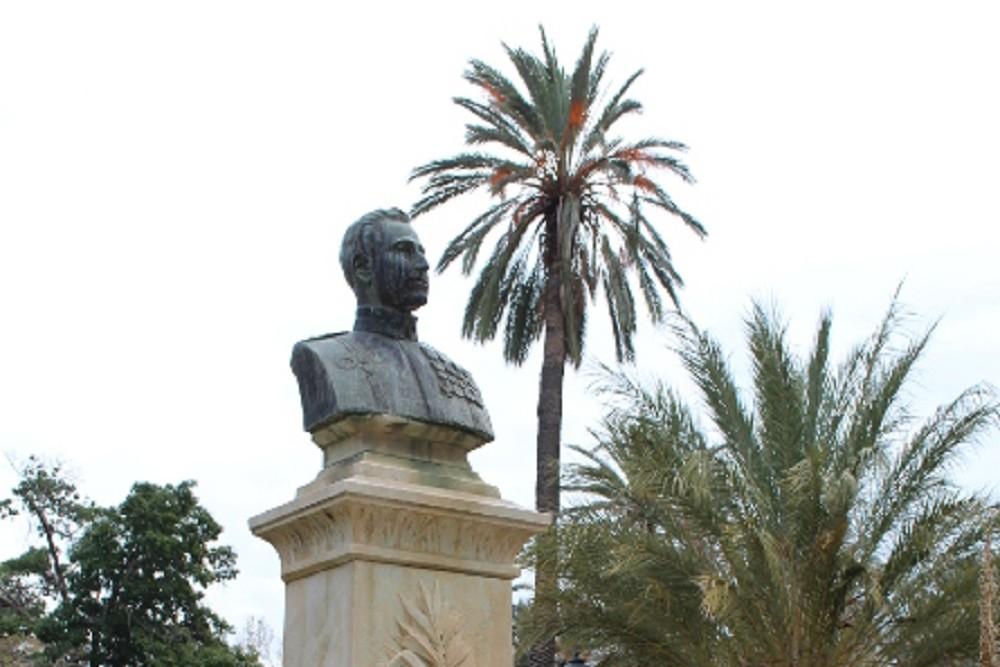 Buste Giuseppe Mancino, Villa Bonanno Park Palermo