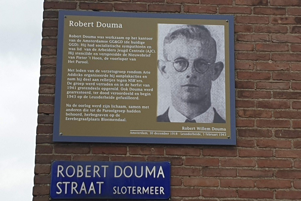 Memorial Plates Slotermeer Robert Doumastraat