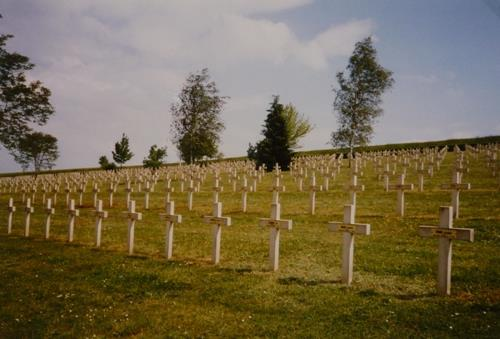 French War Cemetery Landrecourt-Lempire