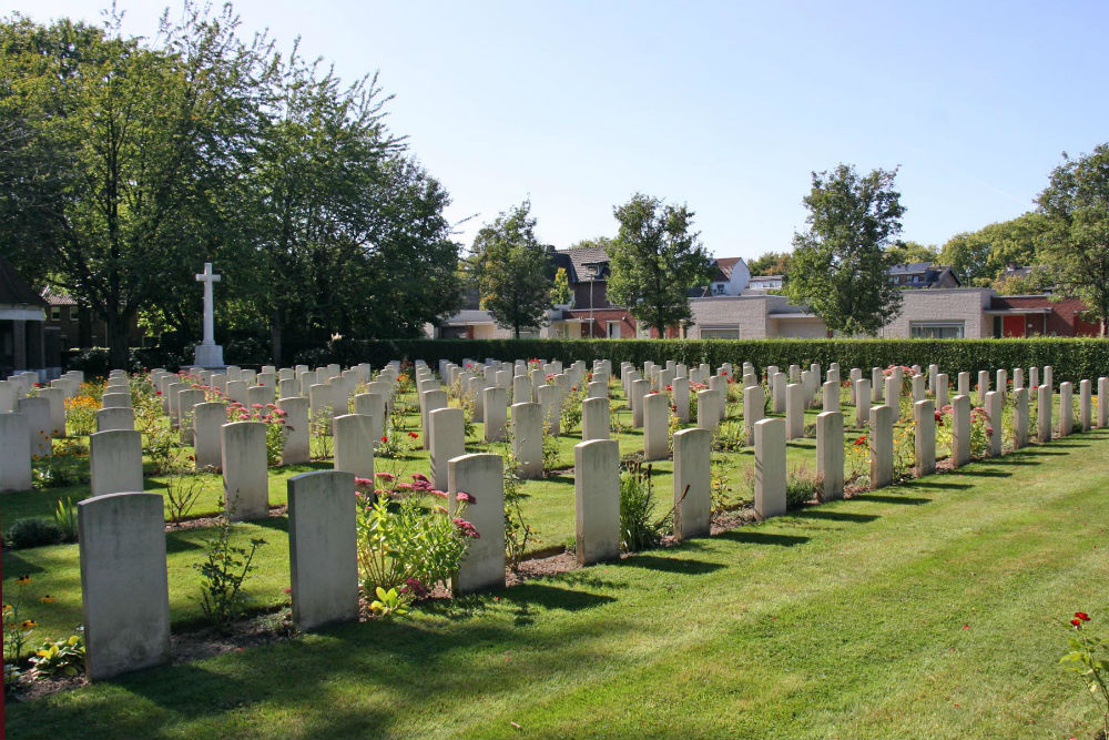 Commonwealth War Cemetery Sittard