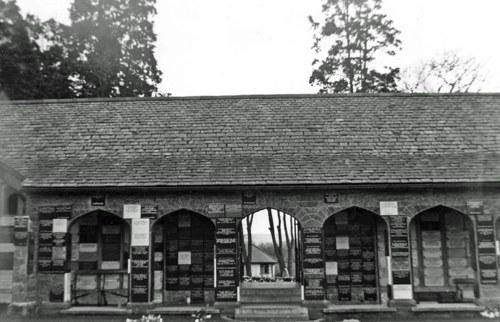 Monument Pontypridd Crematorium