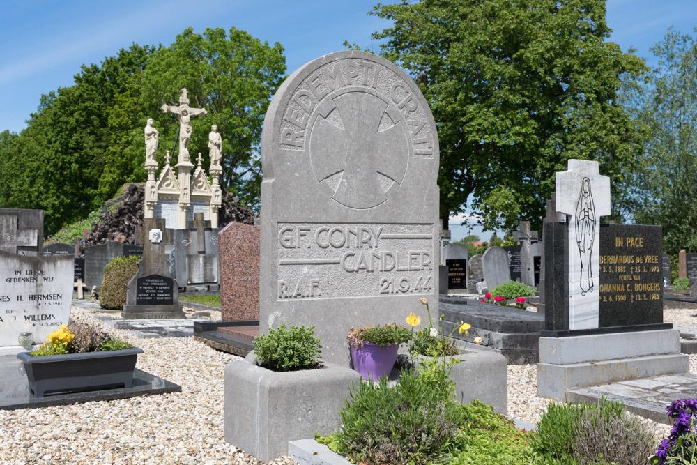Oorlogsgraf van het Gemenebest Rooms Katholieke Begraafplaats Batenburg