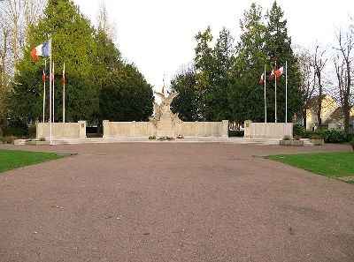 War Memorial Beauvais