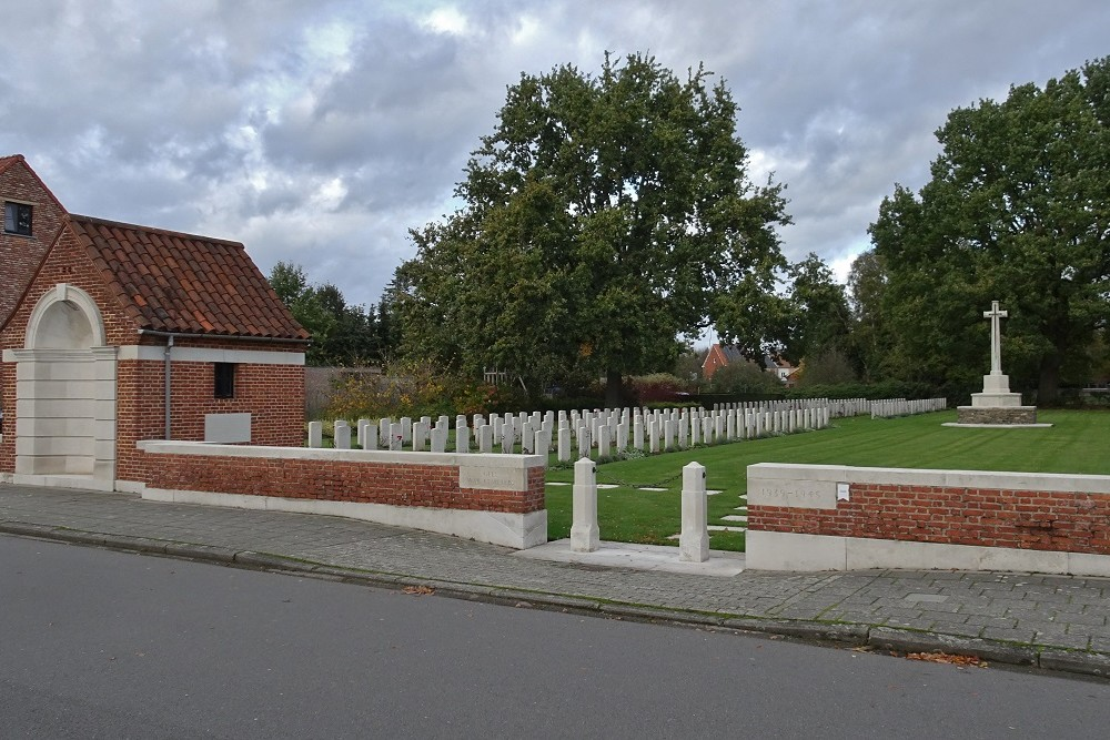 Commonwealth War Cemetery Geel