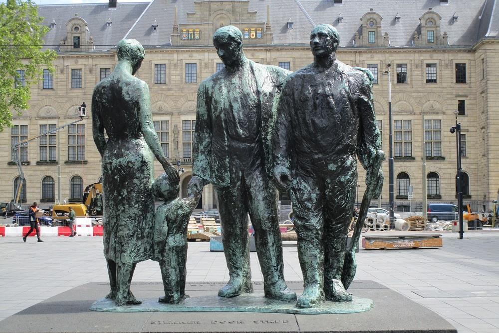 Memorial Stonger by Battle Rotterdam