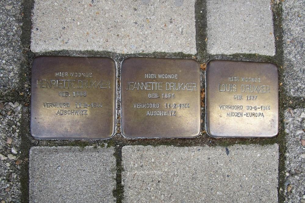 Remembrance Stones Uiterwaardenstraat 46