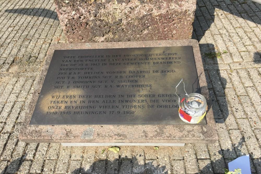 Memorial Lancaster LM325