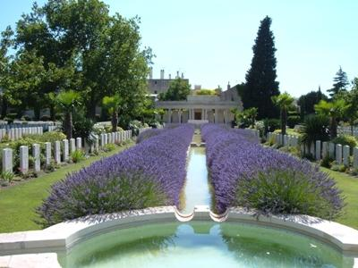 Oorlogsbegraafplaats van het Gemenebest Mazargues