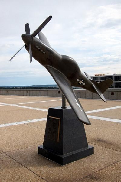 Memorial P-51 Mustang