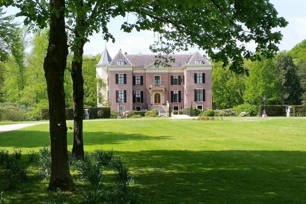 24-11: 'Familie Duitse keizer probeerde Huis Doorn terug te krijgen'
