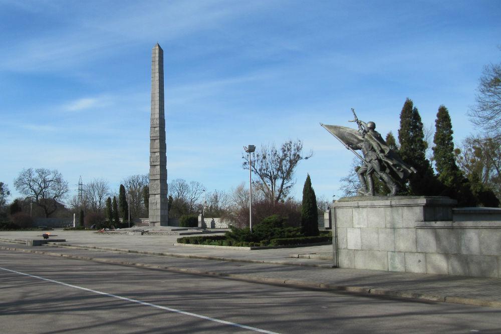 Monumentencomplex voor de 1200 Garde Soldaten