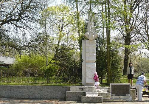 Monument Gevallen Scouts Poznań