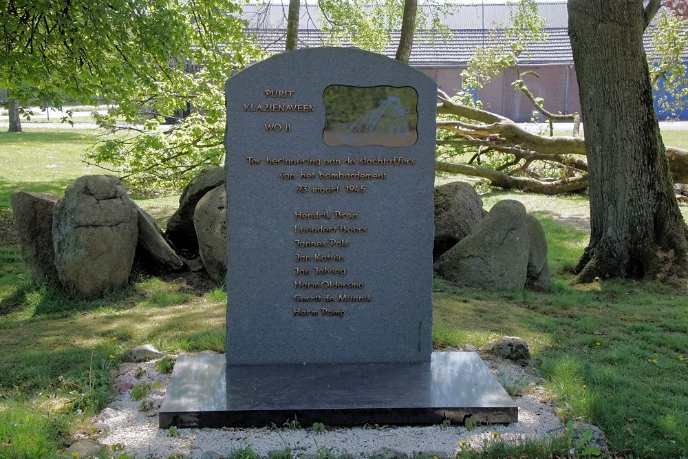 War Memorial Purit Klazienaveen