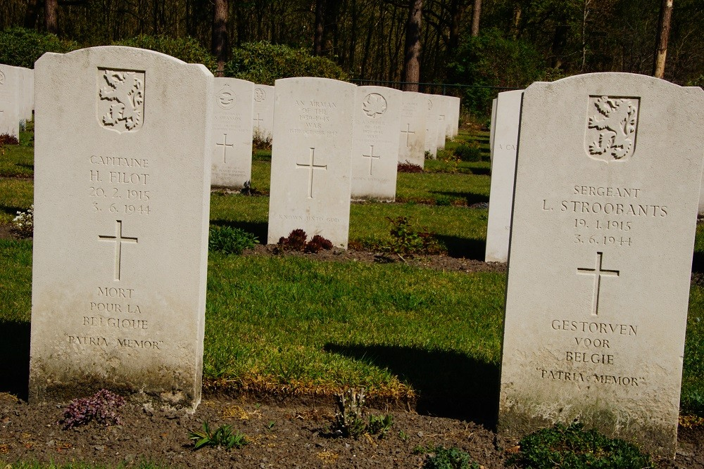 Belgian War Graves Commonwealth Cemetery Bergen op Zoom