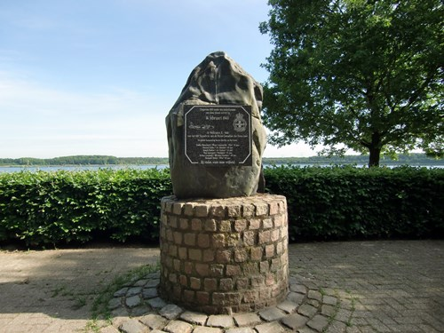 Memorial Wellington X3420