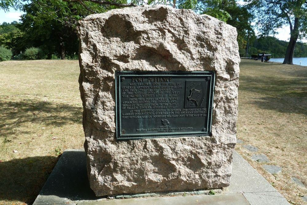 Monument Fort Defiance