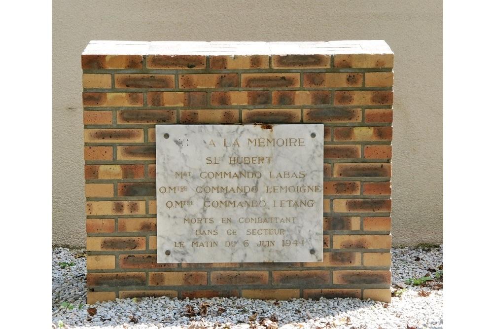 Gedenksteen Militairen Commando Kiefer