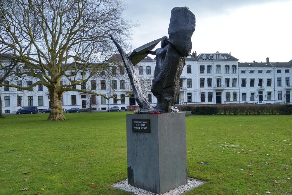 Monument 'Vrouw in het Verzet'