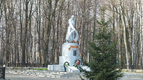 Mass Grave Soviet Soldiers 1943