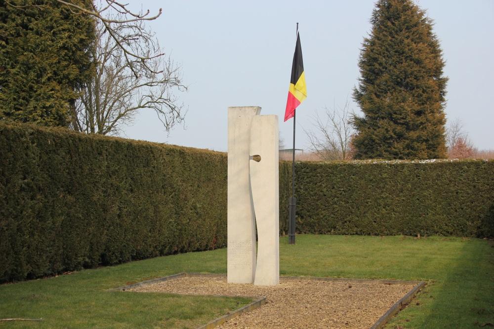 Memorial Civilian Casualtiesl Cemetery Veldwezelt