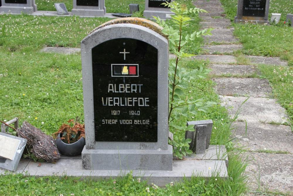 Belgian War Grave Sint-Lievens-Houtem