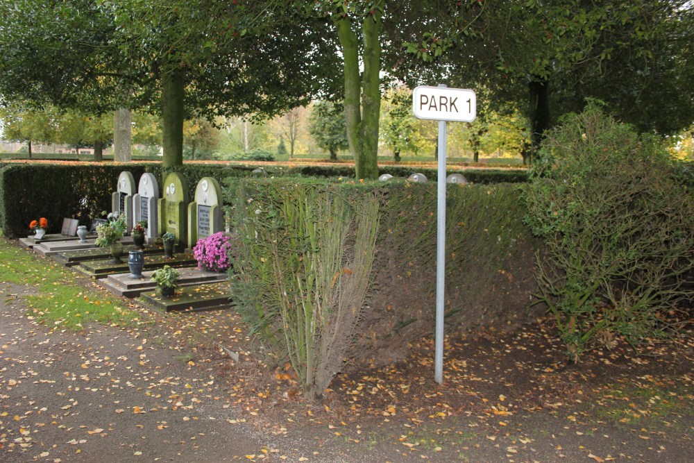 Veteran War Graves Beveren