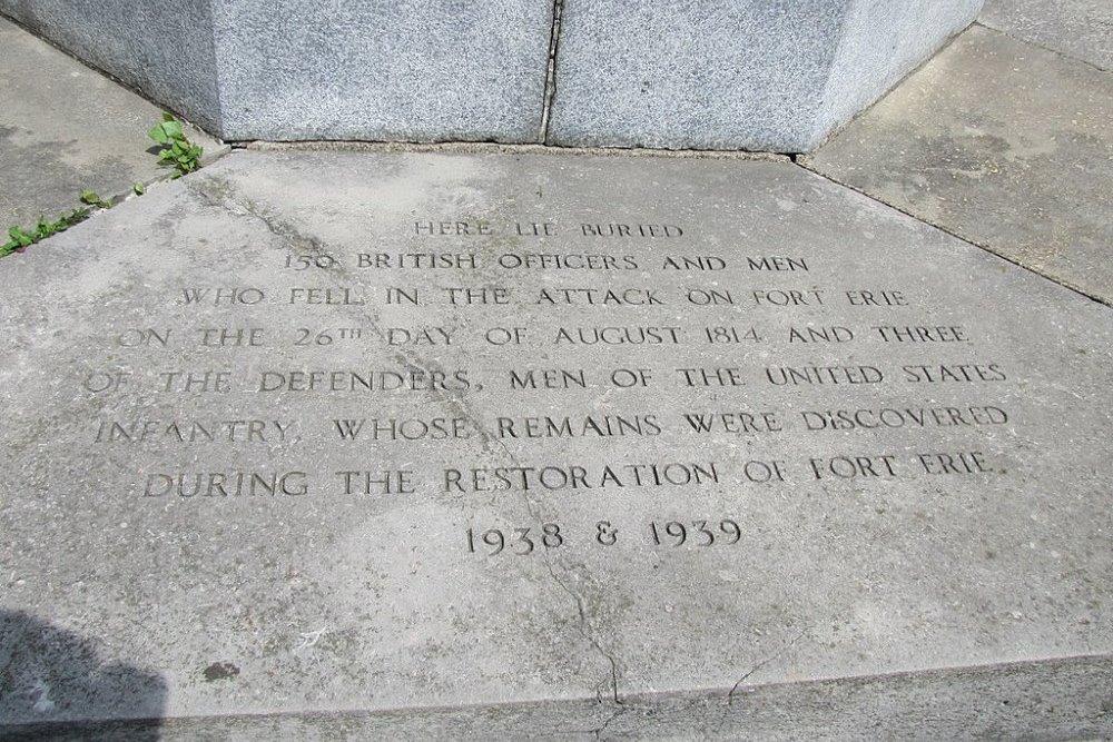 Massagraf Britse en Amerikaanse Soldaten