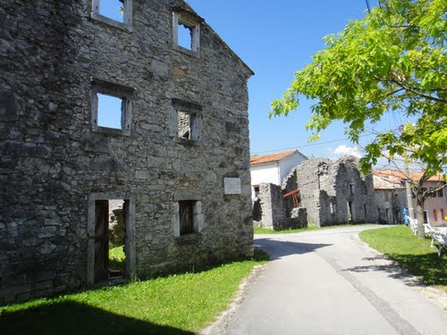 Ruïnes Dorpsgebouwen Lipa